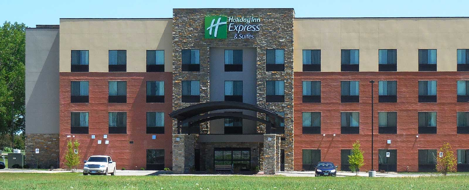 Holiday Inn Express, Tri-City Electric Co., Davenport