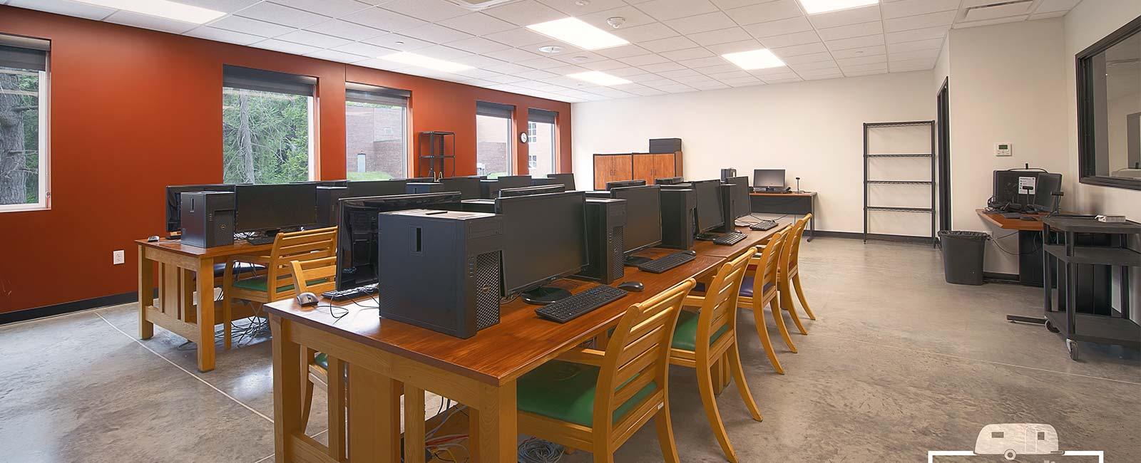 Rivermont Collegiate STEAM Center