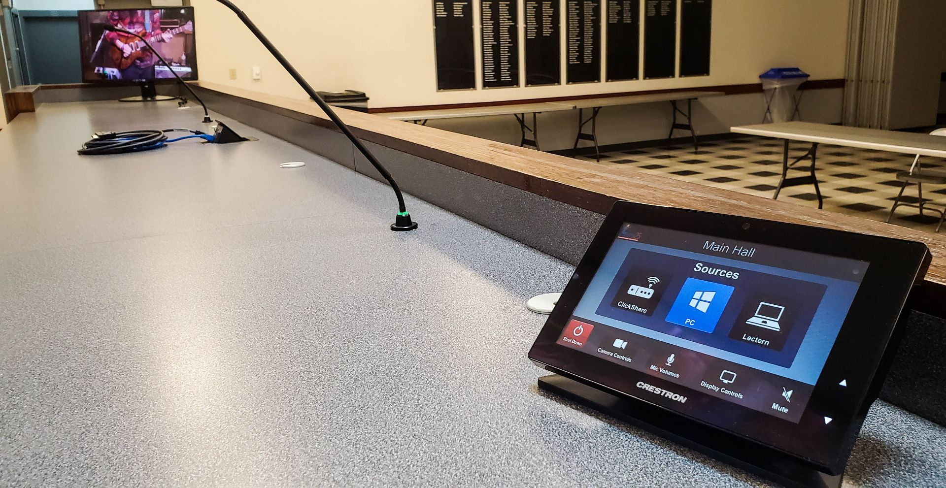 Local Union 25 - Plumbers & Pipefitters - Desk with Touchscreen Controller